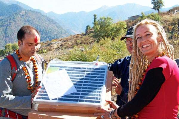 Stella Deetjen four solaire
