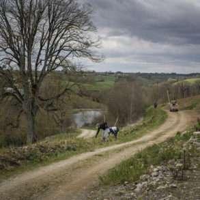 Phil Hatcher-Moore : cultivatrice et planteuse d'arbres en France